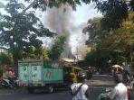 sebuah-rumah-makan-di-pasawahan-purwakarta-ludes-terbakar-diduga-akibat-korsleting-listrik.jpg