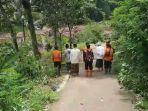 sejumlah-tokoh-agama-dan-didampingi-aparat-bpbd-kabupaten-tasikmalaya.jpg
