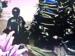 seorang-pencuri-mengambil-sepeda-motor-di-parkiran-puskesmas-pelabuhanratu.jpg