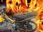 sepeda-motor-milik-seorang-abg-cianjur-dibakar-_-ilustrasi.jpg