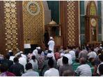 shalat-gerhana-matahari-di-masjid-islamic-centre-indramayu-kamis-26122019.jpg