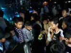 siswa-di-purwakarta-berebut-teleskop_20180201_115031.jpg