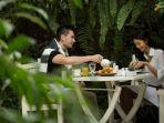 spot-favorit-tropical-garden-di-the-papandayan-hotel-bandung.jpg