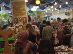 stop-dulu-liburan-ke-luar-kota-kini-anda-bisa-belanja-kain-batik-di-lakon-heritage-bandung.jpg