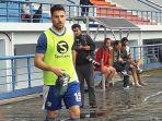 striker-persib-bandung-jonathan-bauman_20180319_200310.jpg
