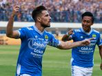 striker-persib-bandung-jonathan-bauman_20180804_195630.jpg