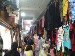 suasana-di-pusat-perbelanjaan-pasar-panorama-lembang-kecamatan-lembang.jpg