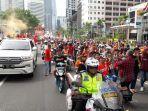 suasana-parade-perayaan-persija-jakarta-menjuarai-liga-1-di-jakarta-sabtu-15122018.jpg