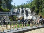 suasana-pengunjung-di-curug-malela-kabupaten-bandung-barat-_-2.jpg