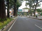 suasana-satu-ruas-jalan-di-kota-bandung-pada-hari-pertama-lebaran-kamis-1352021.jpg