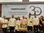 syukuran-anniversary-30-tahun-hotel-santika-bandung.jpg