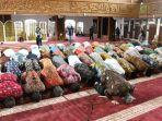 syukuran-atas-diraihnya-parasamya-purna-karya-nugraha-masjid-al-muttaqien_20180426_163023.jpg
