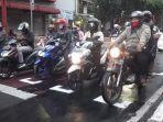 tanda-khusus-untuk-sepeda-motor-di-jalan-merdeka-kota-bandung-kamis-1672020.jpg