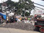 tempat-pembuangan-sampah-di-depan-sdn-221-babakan-sentral-kecamatan-kiaracondong_20171123_113738.jpg