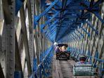 terowongan-jembatan-cirahong.jpg