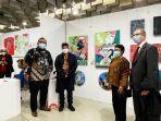 tondi-hasibuan-dan-cira-bhang-mewakili-indonesia-dalam-ajang-florence-biennale-xiii.jpg