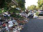 tumpukan-sampah-meluber-ke-badan-jalan-di-tps-jalan-wahidin-kota-cirebon_20180903_193059.jpg