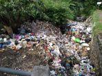 tumpukkan-sampah-di-sungai.jpg