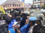 unjuk-rasa-mahasiswa-di-tasikmalaya.jpg