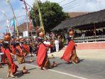 upacara-seren-taun-di-pendopo-paseban-tri-panca-tunggal-desa-cigugur_20180903_150403.jpg