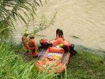 upaya-pencarian-natasya-korban-terseret-banjir-tasik.jpg