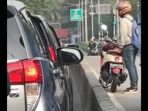 video-viral-pengendara-sepeda-motor_20180815_192809.jpg