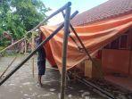 warga-kecamatan-ciranjang-kabupaten-cianjur-membuat-tps-8122020.jpg