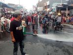 warga-sukaregang-protes-limbah-kulit_20180921_195822.jpg