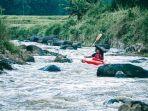 wisata-kayak-di-ciherang-banjaran-kabupaten-bandung.jpg