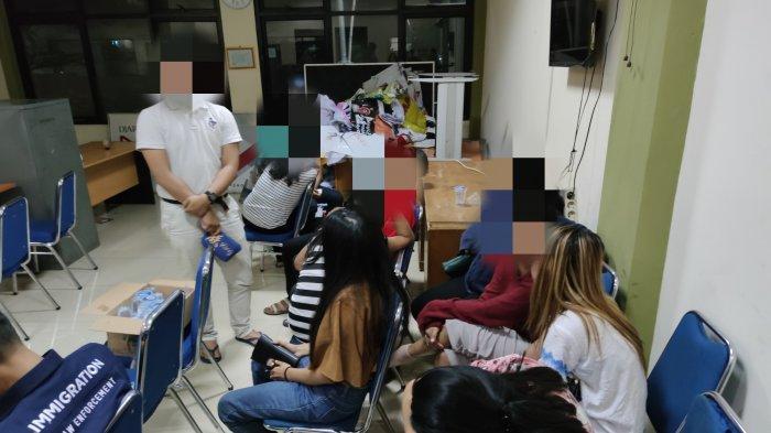 Operasi Tindakan Asusila, Satpol PP Depok Amankan 7 Wanita dan 3 Pria di Kamar Apartemen