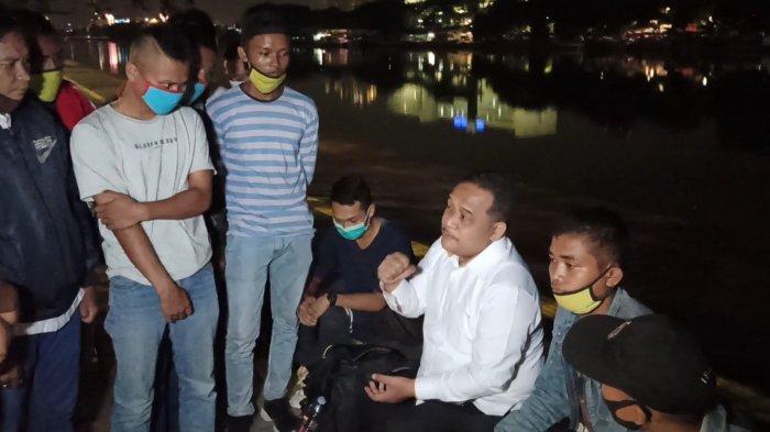 18 Anak Buah Kapal Terlantar di Danau Sunter Karena Diusir dari Tempat Penampungannya