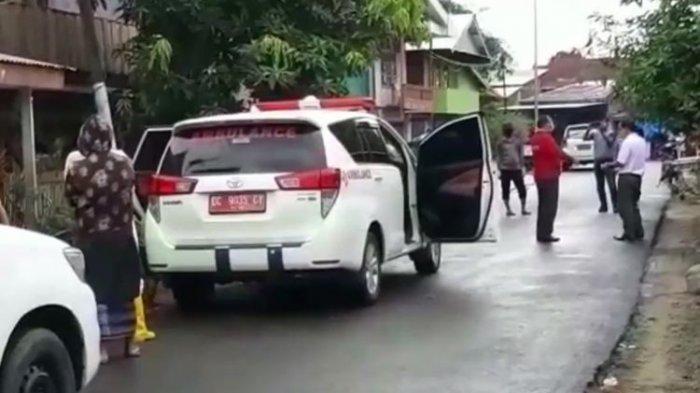 Susahnya Petugas Medis Jemput Pasien Corona Kabur, Keluarga Ngamuk Lalu Kejar dan Peluk Polisi
