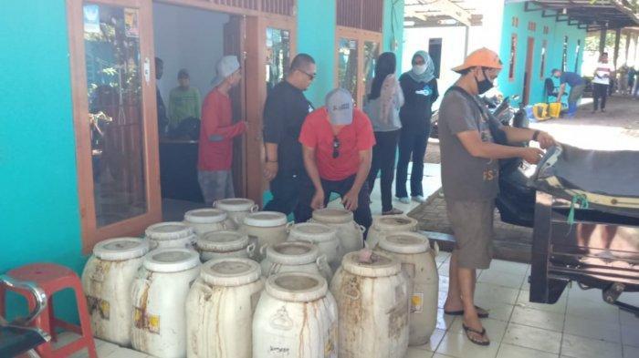 Kabupaten Tangerang Bantu 40 Ribu Liter Cairan Penetral Bau Sampah di TPA Cipeucang