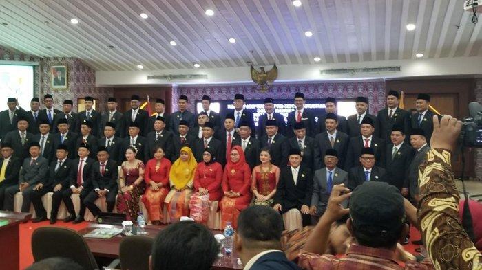 Warga Kota Tangerang Harus Tahu: DPRD Habiskan Rp 675 Juta Buat Beli Baju, Pakai Bahan Louis Vuitton