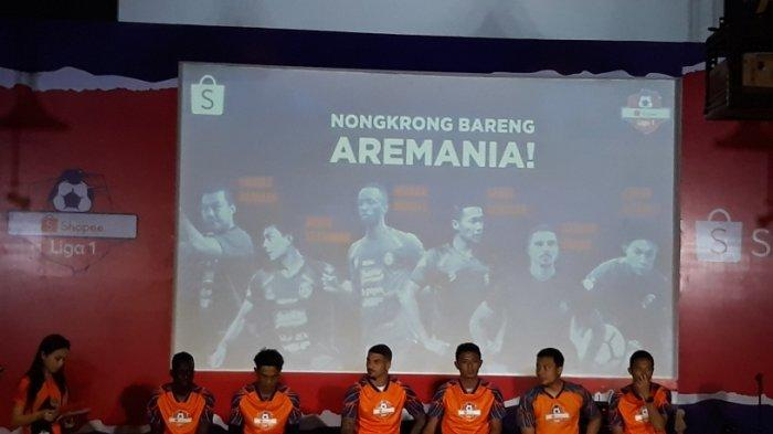 6 Pemain Arema FC Hadiri Acara Nongkrong Bareng Aremania
