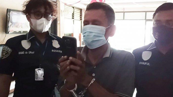 Pria Lansia Spesialis Copet Penumpang Mikrolet Diringkus Aparat Polsek Pademangan