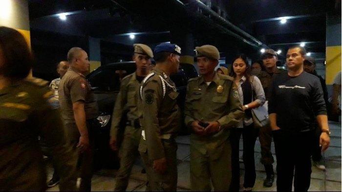 Penggerebekan Anggota DPD RI Aceng Fikri, Ternyata Ada Polisi Militer, Satpol PP: Kita Angkut Dulu