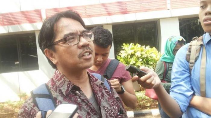 Pajang Meme Wajah Joker Anies Berujung Polisi, Ade Armando Santai: Saya Secara Sadar Menyebarkan