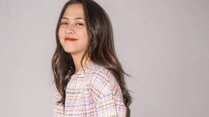Kakak Adhisty Zara Komentari Video Adiknya Ciuman dengan Niko Al Hakim: Sorry Bukan Mulut Gue Lemes