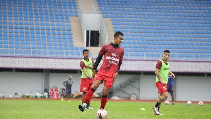 Liga 1 2020 Belum Bergulir, Pemain Persita Tangerang Adittia Gigis Pilih Berpikir Agar Tidak Stres