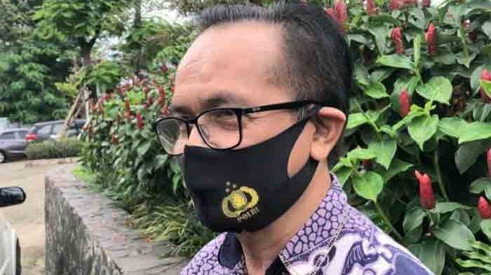 Ayahanda Ajun Perwira, Agung Karang ditemui di kawasan Bekasi, Jawa Barat, Jumat (19/2/2021). (Warta Kota/Arie Puji Waluyo)