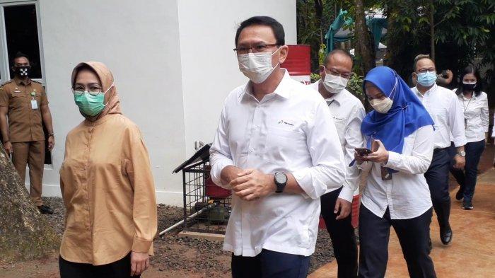 Komisaris Utama Pertamina, Basuki Tjahaja Purnama alias Ahok, bersama Wali Kota Airin Rachmi Diany dan Wakil Wali Kota Benyamin Davnie, meresmikan Taman Kota 1, yang berlokasi di Jalan Letnan Sutopo BSD, Serpong, Tangerang Selatan (Tangsel), Senin (5/4/2021).
