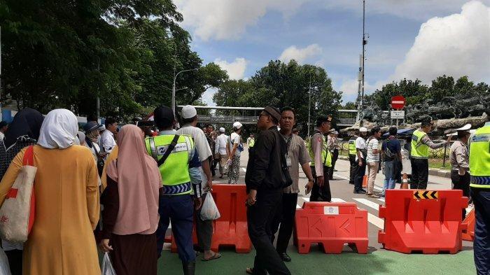 Ada Demo, Jalan Medan Merdeka Barat Jakarta Pusat Ditutup Sementara