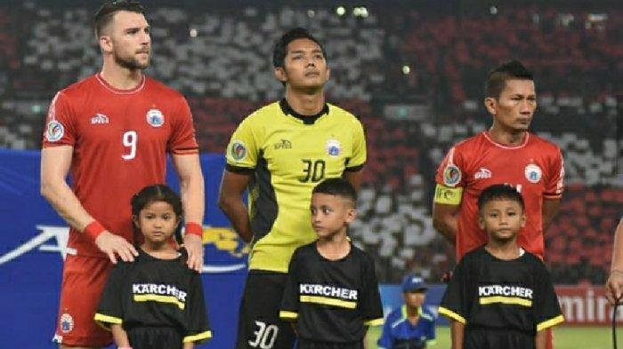 Aksi Rizky Darmawan ketika memperkuat Persija Jakarta beberapa tahun lalu.