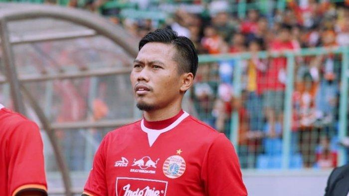 Aksi Tony Sucipto saat memperkuat Persija Jakarta di kompetisi kasta tertinggi Liga 1 2019.