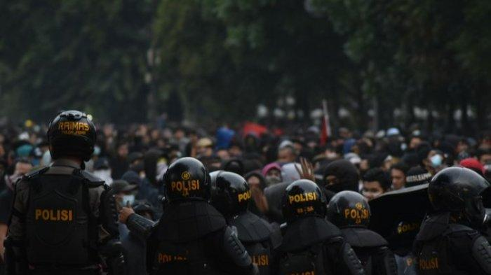 Joko Widodo dan Keponakan Ditangkap Polda Metro Jaya saat Ricuh di Jakarta, Diduga Lari Karena Panik
