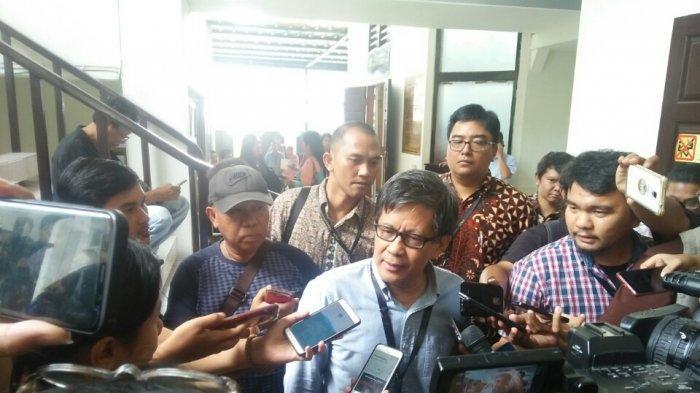 Kekhawatiran Rocky Gerung soal Oposisi Gabung ke Jokowi, Sebut Gestur Prabowo Melebihi Elit Manapun