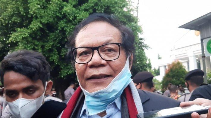 Kuasa Hukum Rizieq Shihab, Alamsyah usai sidang Rizieq Shihab di PN Jakarta Timur, Jumat (26/3/2021).