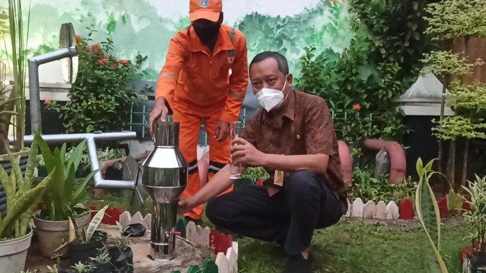 Peringatan Dini Antisipasi Banjir, Kelurahan Sunter Agung Maksimalkan Alat Pengukur Curah Hujan