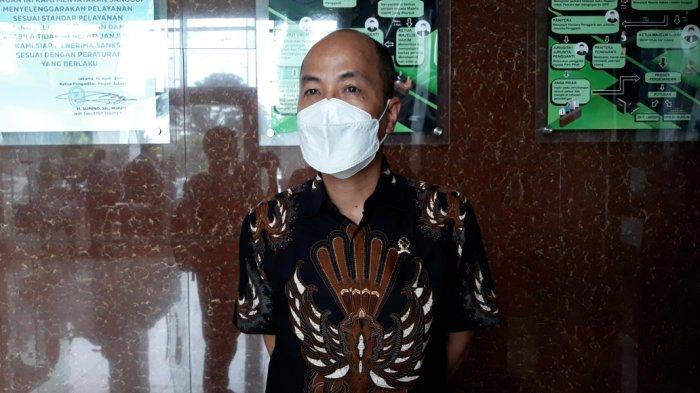 Kepala Humas Pengadilan Negeri Jakarta Timur Alex Adam Faisal saat memberi keterangan, Kamis (18/3/2021).